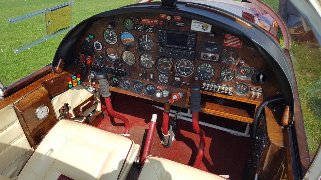 Richard Degageux est un constructeur passionné. Plusieurs réalisations sont à son actif dont cette merveille de luxe aéronautique.